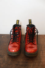 Load image into Gallery viewer, DR. MARTENS RED GLITTER DELANEY BOOTS SZ 8