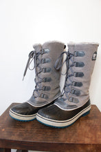 Load image into Gallery viewer, SOREL TIVOLI GREY BLACK LACE UP SNOW BOOT SZ 7.5