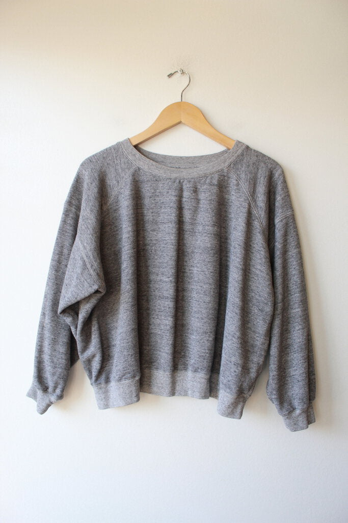 ENTIREWORLD HEATHER GREY SWEATSHIRT SZ M