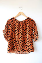 Load image into Gallery viewer, MADEWELL VELVET MEMENTO RUFFLE SLEEVE TOP LEOPARD DOT SZ S (RETAIL $90)