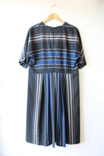 Load image into Gallery viewer, PENDLETON NAVY STRIPED WOOL DRESS SZ 16