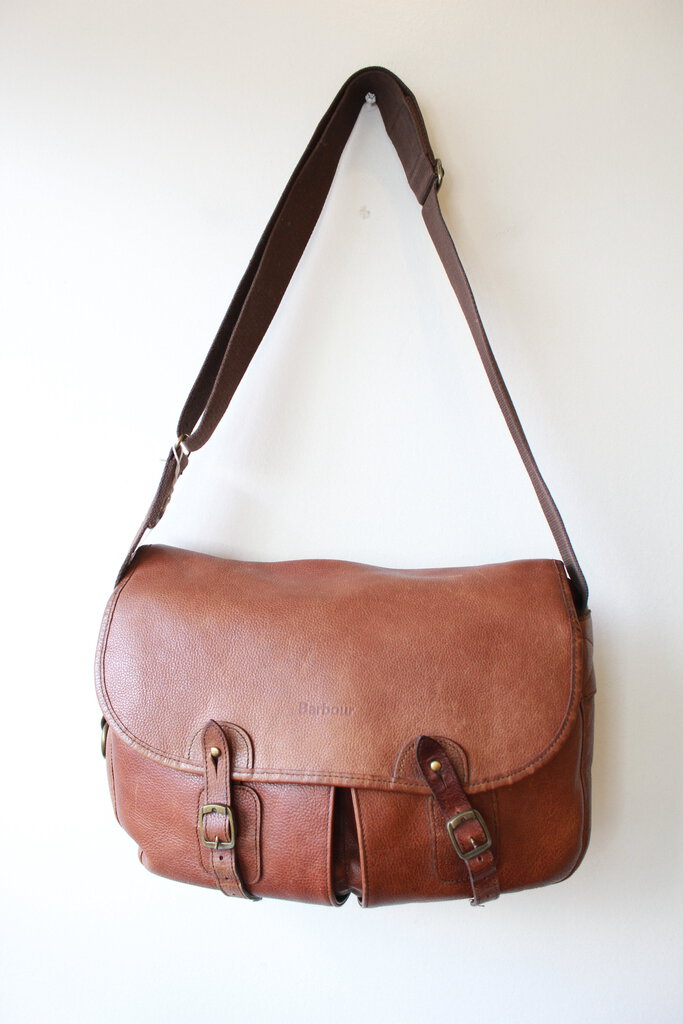 BARBOUR BROWN LEATHER TARRAS BAG