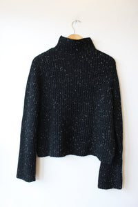 NAADAM CROPPED TEXTURED TURTLENECK IN BLACK WHITE SZ M (NWT RETAIL $175)
