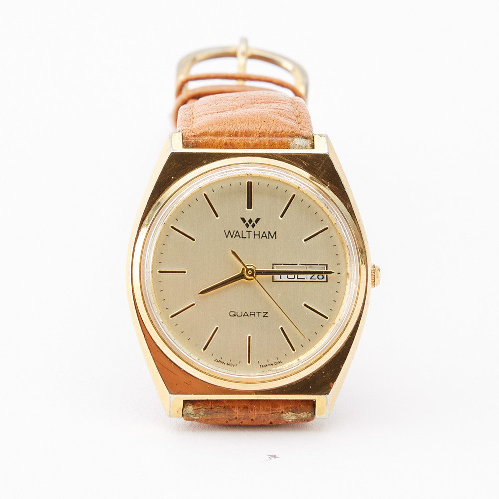 Vintage Gold Tone Waltham Day/Date Watch