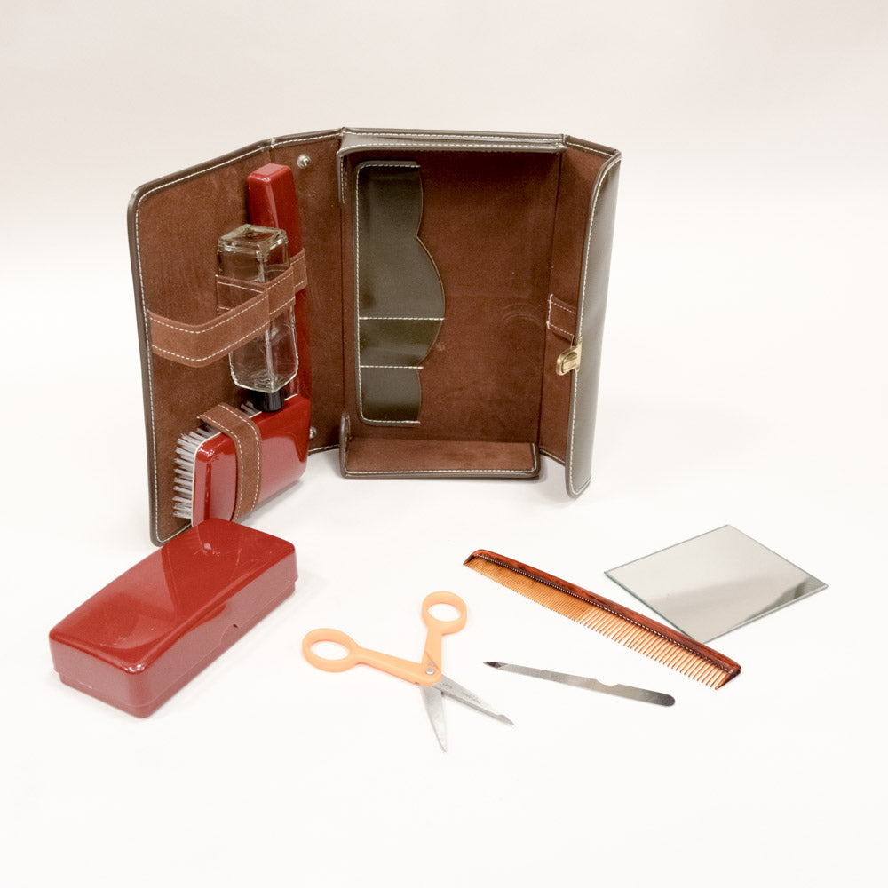 Vintage Travel Grooming Kit in Leather Case