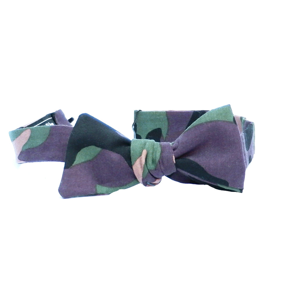 Green Camouflage Print Bow Tie