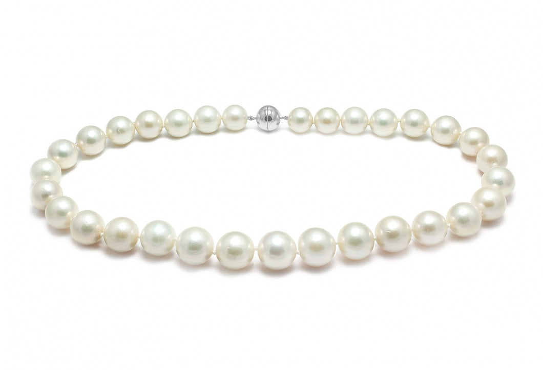 Classic Fresh Water Cultured Pearl Necklace 10.5-11mm