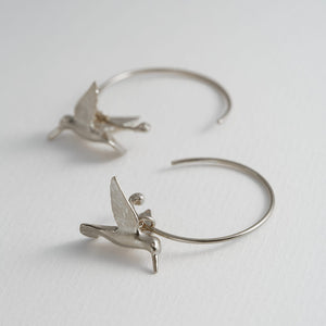 Alex Monroe Humming Bird Hoops