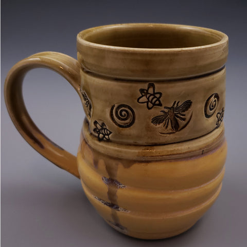 White Stoneware 16oz Mug Bee Stamped Pattern