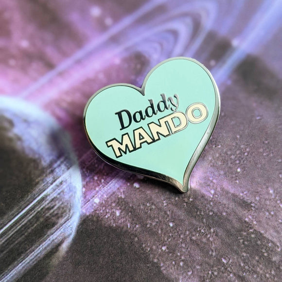 Daddy Mando hard enamel pin (The Child version)