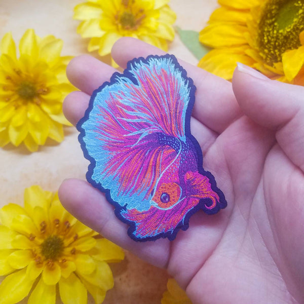 "Betta Fish Iron-On Patch Woven 3"" x 2.1"""