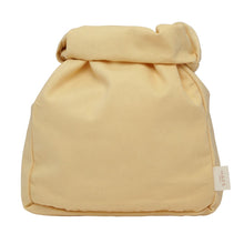 Load image into Gallery viewer, Haps Nordic Madpakke pose Lunch bag Sun light