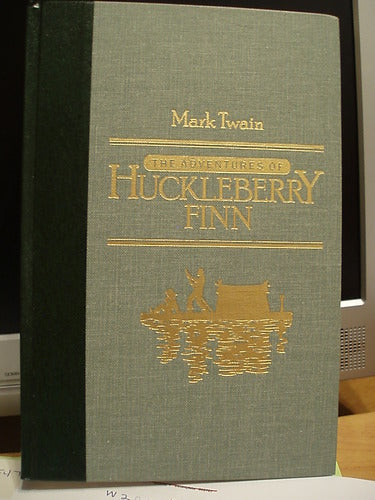 The Adventures of Huckleberry Finn by Mark Twain [Readers Digest World's Best Reading]