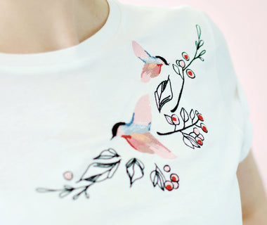 Dancing birds embroidered t-shirt