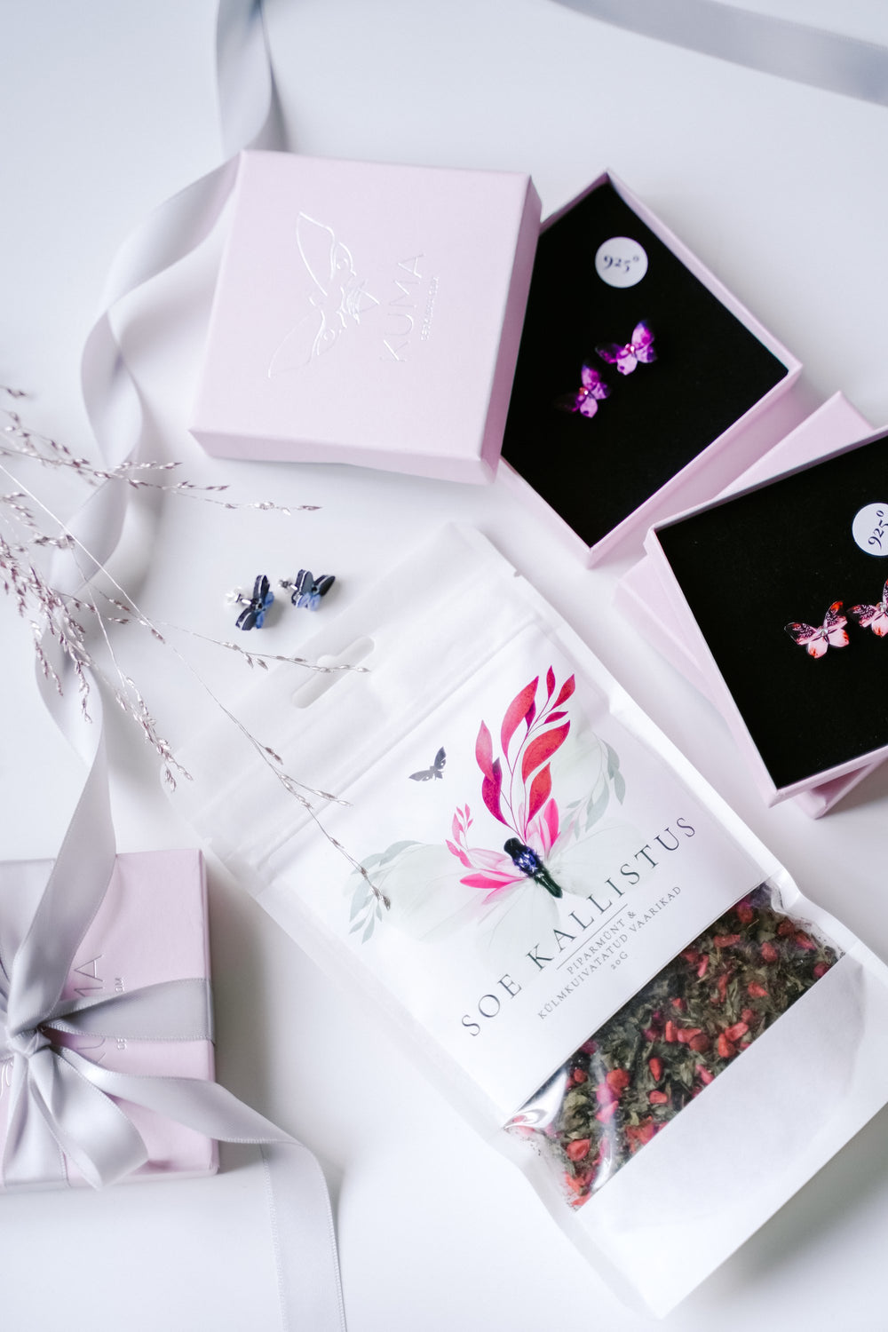 KUMA Butterfly Earrings x KUMA organic tea Gift Set