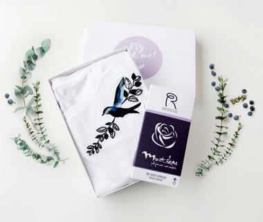 KUMA Singing Birds t-shirt x Roosiku talu chocolate Gift Set