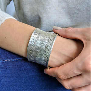 Pure Silver Karen Hill Tribe Patterned Adjustable Bangle