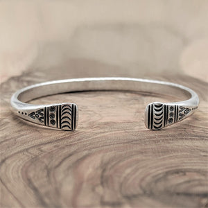 Load image into Gallery viewer, Pure Silver Karen Hill Tribe Engraved Adjustable Bangle