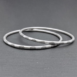 Pure Silver Karen Hill Tribe Engraved Flower Bangle