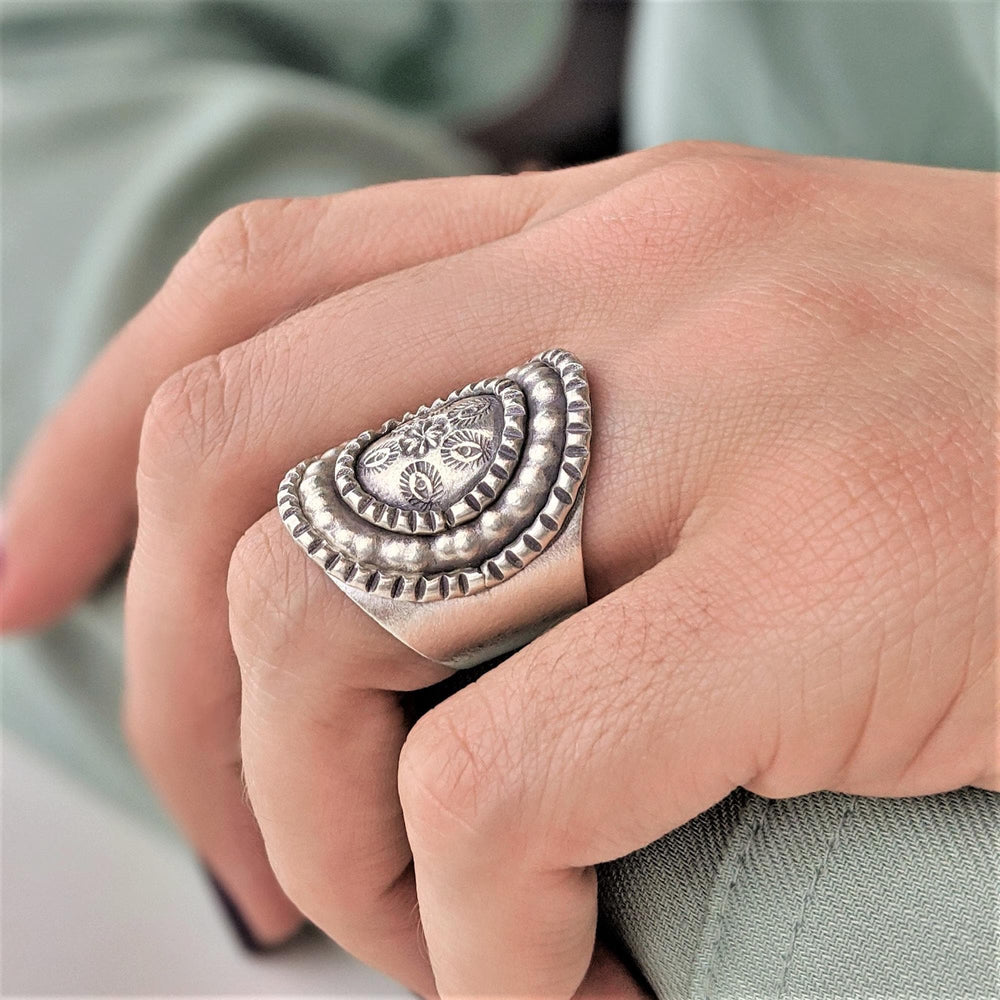 Pure Silver Karen Hill Tribe Oval Etched Adjustable Ring