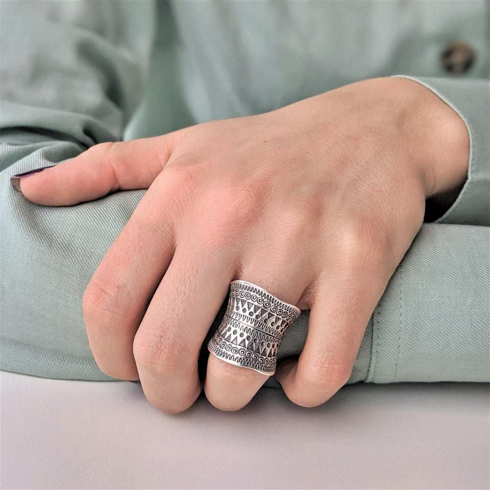 Pure Silver Karen Hill Tribe Etched Detailed Adjustable Ring