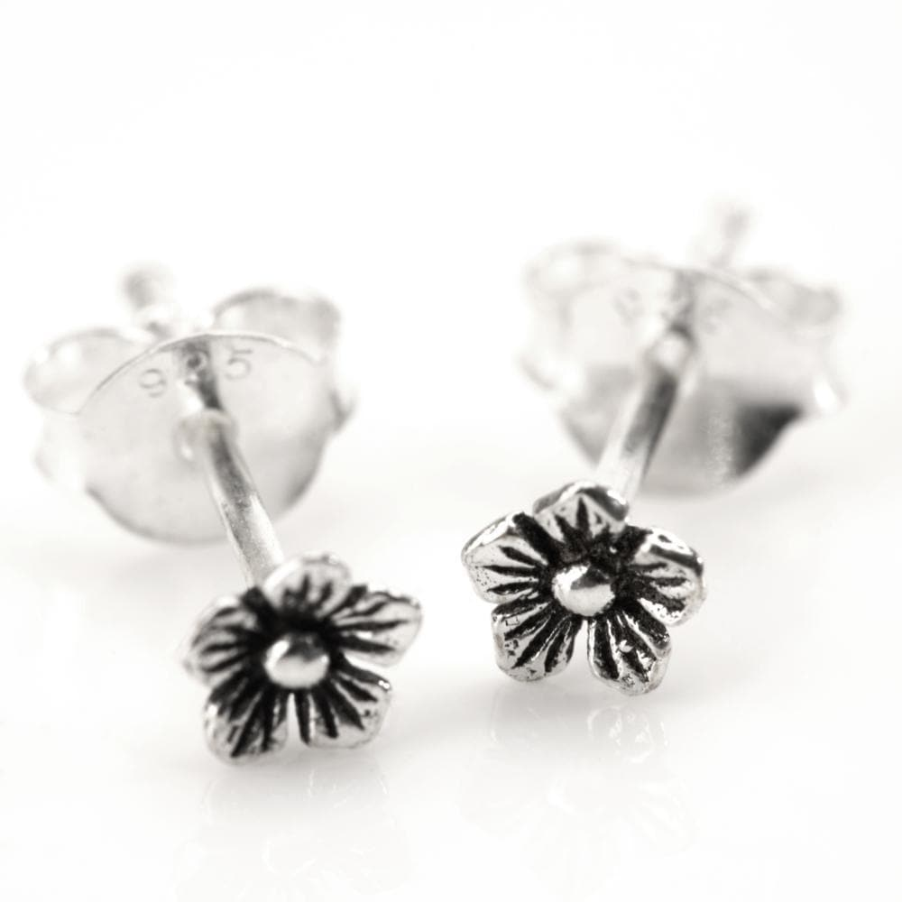 Load image into Gallery viewer, Sterling Silver Flower Small Stud Earrings