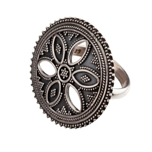 Sterling Silver Round Disc Tribal Flower Ring - 81stgeneration