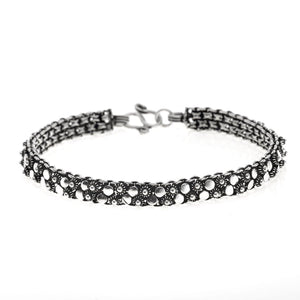 Load image into Gallery viewer, Sterling Silver Flower Circle Bracelet
