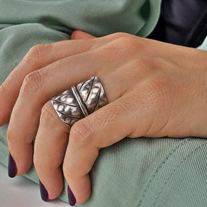 Pure Silver Karen Hill Tribe Wide Leaf Hammered Ring