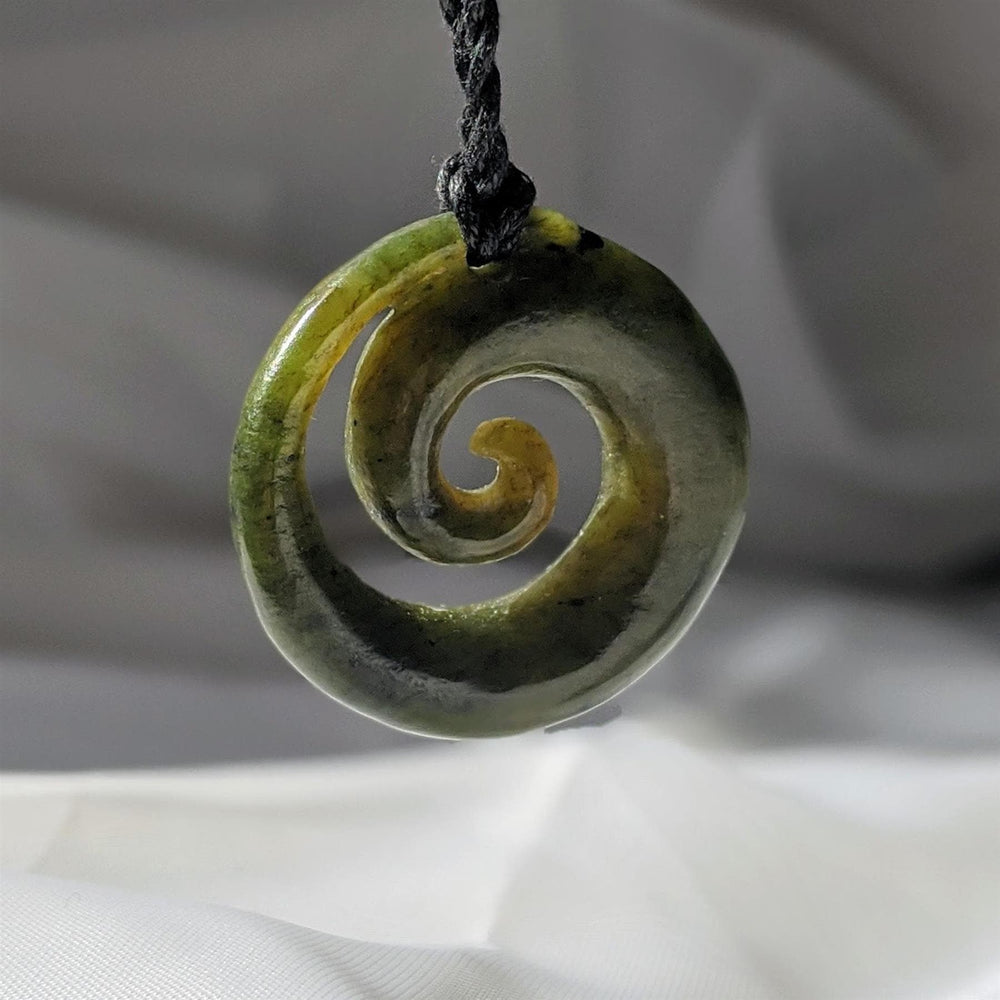 Load image into Gallery viewer, Hand Carved Greenstone Maori Koru Spiral Pendant Necklace