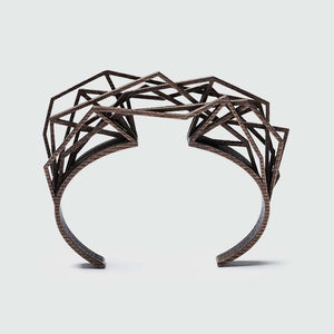 Edgy bracelet with complex structure.