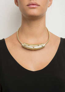 Collier Maison 203 - Armure or blanc