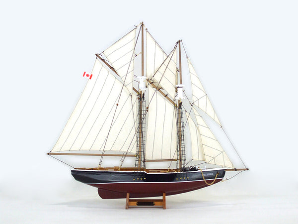 Bluenose Model Ship - 31 1/2""