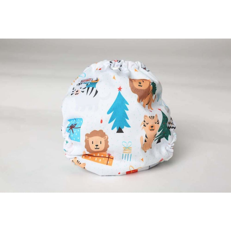 Frog and Bear - Newborn Wraps - Roaring around the Christmastree