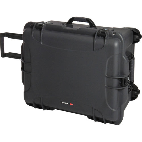 Nanuk 960 Protective Rolling Case with Foam Dividers - Graphite