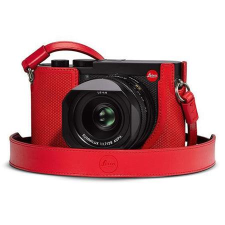 Leica Q2 Carrying Strap - Red