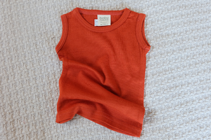 BABY CATERPILLAR - Merino singlet (standard weight)