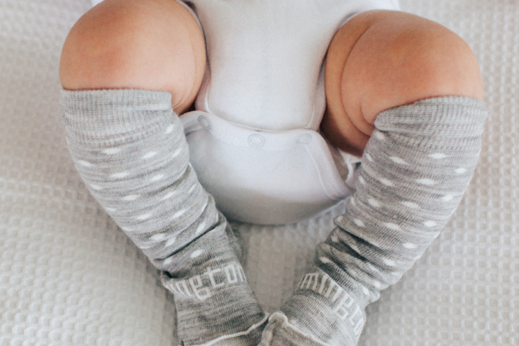 BABY CATERPILLAR - Merino knee-high socks