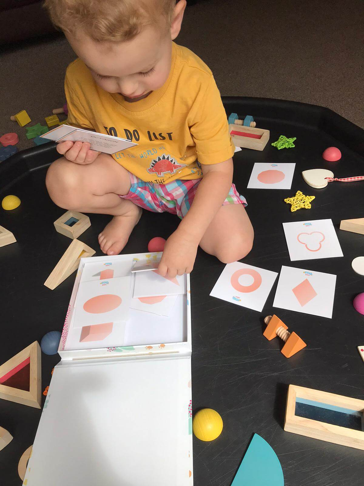 Shapes resources and play trays for toddlers