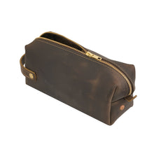 Load image into Gallery viewer, Brown Medium Leather Dopp Kit