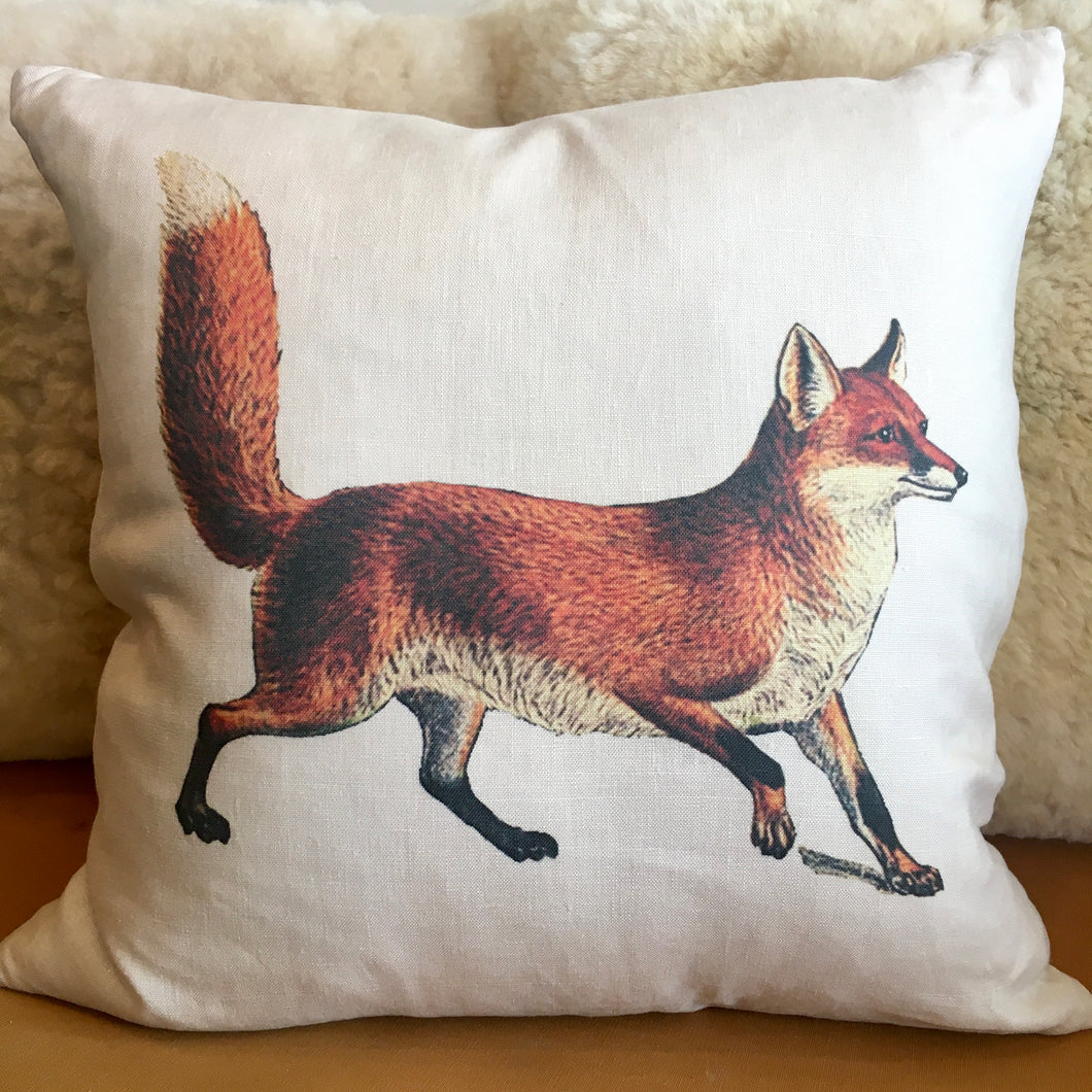Red Fox 20″ White Linen Pillow