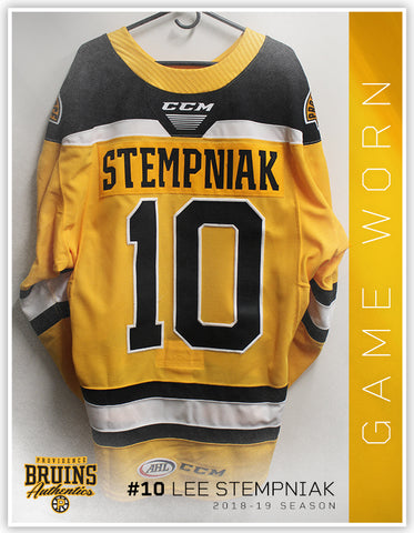10 Lee Stempniak 2018-19 Game Worn Gold Jersey