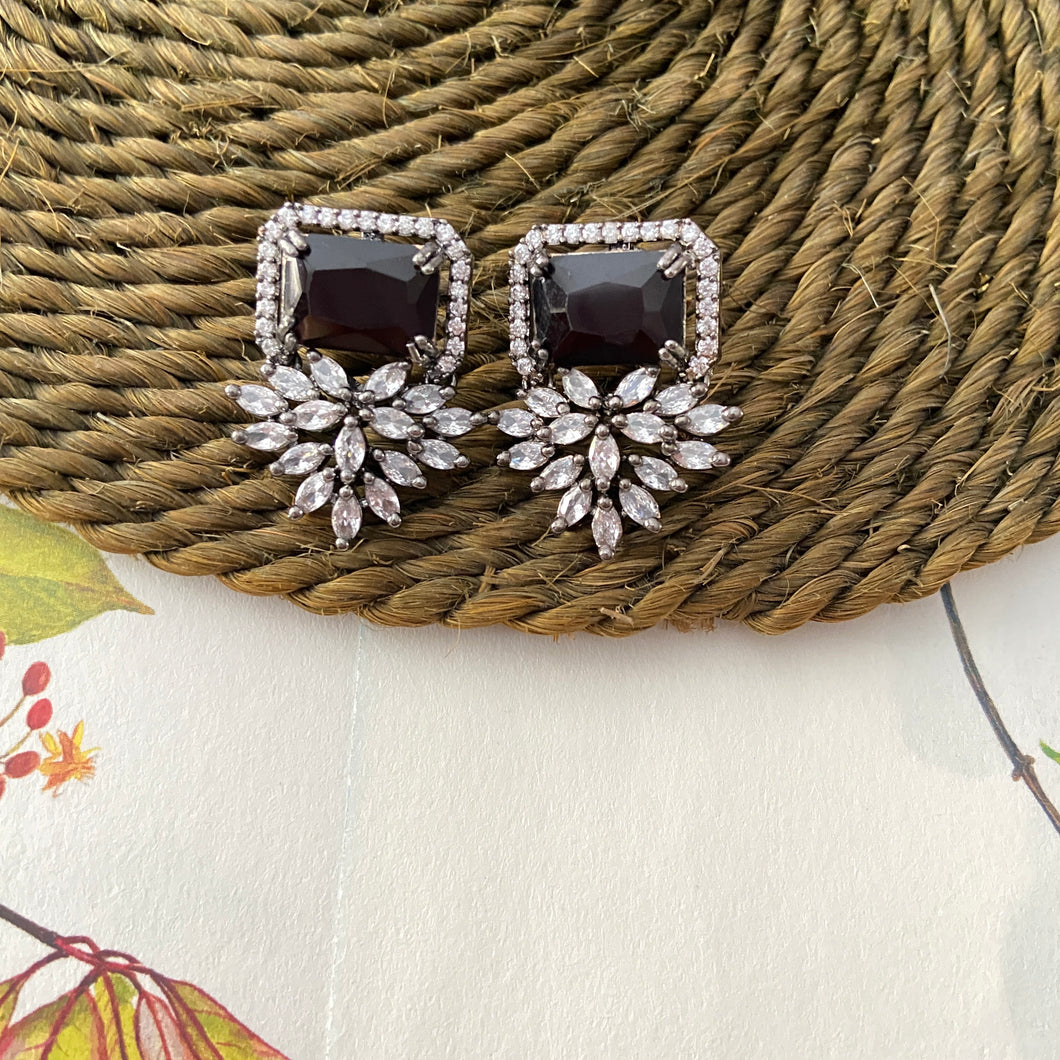 Charlotte Earrings in Black