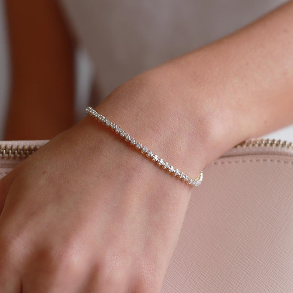 Bracelet with 1ct Diamonds in 9K Yellow Gold