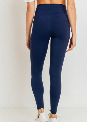 Above Essential Legging