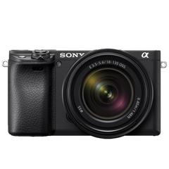 α6400 E-mount Camera with APS-C Sensor (Body with SEL18135 Lens)