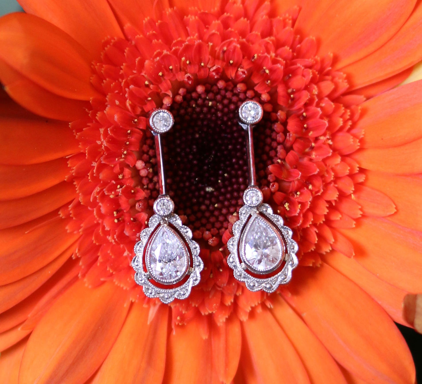 Latest Advert - Platinum Diamond Drop Earrings