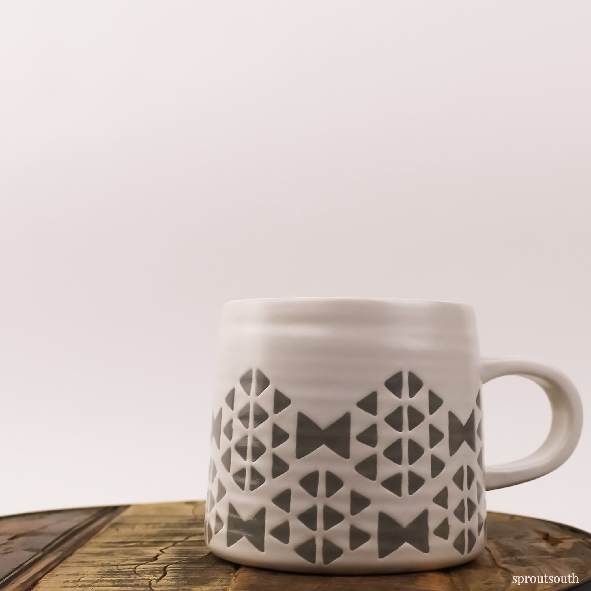 Tear Drop Mug Lifestyle Now Designs White & Grey Geometric