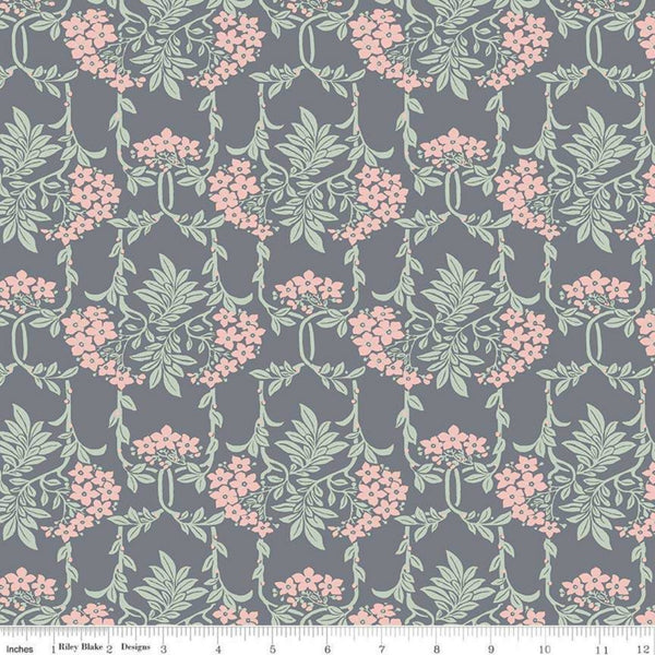 Nouveau Mayflower in Gray / Pink