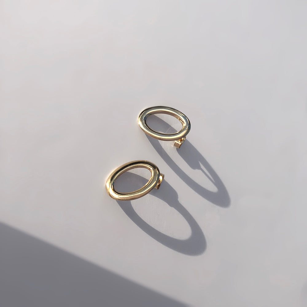 BAR Jewellery Sustainable Oval Stud Earrings In Gold